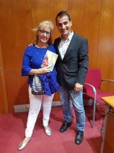 foto presentación maria Rende y publico. Editorial Adarve