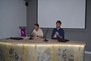 David Gomez Durá, autor de Editorial Adarve, durante la presentación de su libro El eco. Editoriales actuales de España
