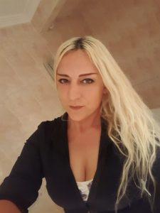 Fátima Cano, autora de Editorial Adarve. Editoriales actuales de España