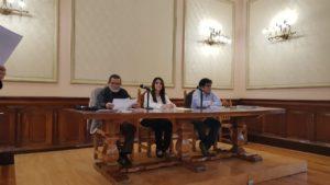 Díaz, Corea Pacheco y Corea Torres durante la presentación de Ikingut El heredero de Darkaria. Editorial Adarve de España