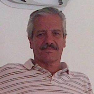 Osvaldo Gonzáez Iglesias, autor de Editorial Adarve. Editoriales actuales de España