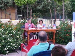 Charo Mejía junto a Manuel Latorre. Editoriales de España, Adarve
