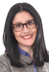 Alejandra Navas, autora de la novela Linaje. Editorial Adarve de España
