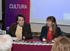 Gustavo Marcelo Farias junto a Marta Rodríguez. Editoriales de España, Adarve