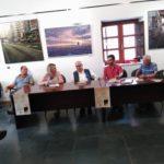 Autores e invitados durante la presentacion de la novela Ya se acabó el alboroto. Editoriales actuales de España, Adarve