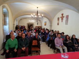 Público asistente a la presentación del Manual de Historia de la Filosofía de Anselmo Matilla Santos. Editoriales actuales de España, Editorial Adarve