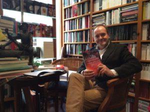 Juanjo Villadóniga, autor de la novela negra Trapison una vida en negro.Editorial Adarve, Editorial Adarve de España, Editoriales españolas, Editoriales actuales de España