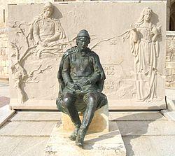 Monumento a Jorge Manrique. Editorial Adarve
