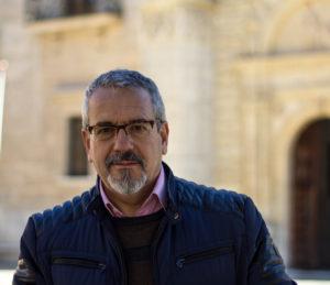 Foto de Pedro Pastor autor del libro El hijo del cardenal, Editorial Adarve