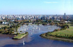 Panorámica de La Plata, Argentina. Editorial Adarve, Editoriales españolas actuales