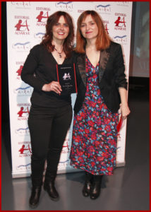 Andrea Fernández entrega el Premio Arquero de Plata a Paz López