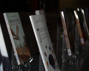 Bodegón de libros Premios Arquero de Plata