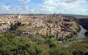Vista panorámica de Toledo España. Editorial Adarve, Editoriales españolas actuales