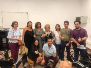 Álvaro Botias junto al público. Editorial Adarve, Editoriales que aceptan manuscritos