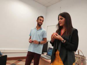 Álvaro Botias y Marienna Santiago en la presentación del libro En clave de igualdad. Editorial Adarve, Editoriales españolas actuales
