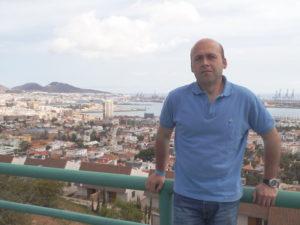 Abel Angulo. Editorial Adarve, Editoriales de España