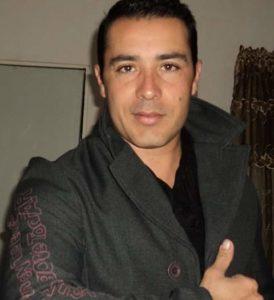 Luis Bravo autor del libro Las brujas. Editorial Adarve, Editoriales de España