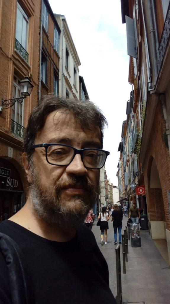 Fotografía de Cristóbal Benítez autor de Anwar la consulta. Editorial Adarve, Editoriales que aceptan manuscritos