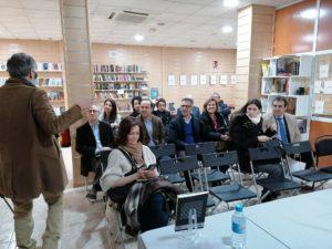 Presentación Luis M La Haba Capitán Letras. Editorial Adarve, Editoriales de España
