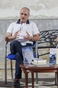 Jesús A Losana El rastro de la traición presentación. Editorial Adarve, Editoriales de España