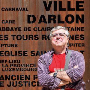 José Juan Pamblanco autor de El leve resplandor de la ceniza. Editorial Adarve, publicar un libro