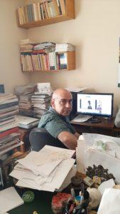 Carlos Javier Carnicer autor de La conjura de los hermanos. Editorial Adarve, publicar un libro