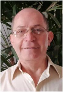 Mario León Ramírez Jiménez autor de El viandante. Bien y mal. Editorial Adarve, editoriales que admiten manuscritos